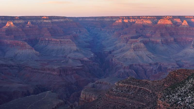 Grand Canyon Last Sunrays - Explored!