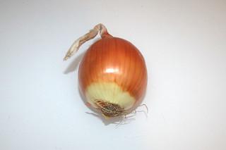 02 - Zutat Gemüsezwiebel / Ingredient onion