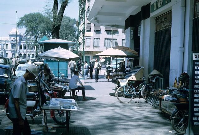 Vietnam Tour 1966 - by Tara Stevens - Đường Nguyễn Huệ, SAIGON