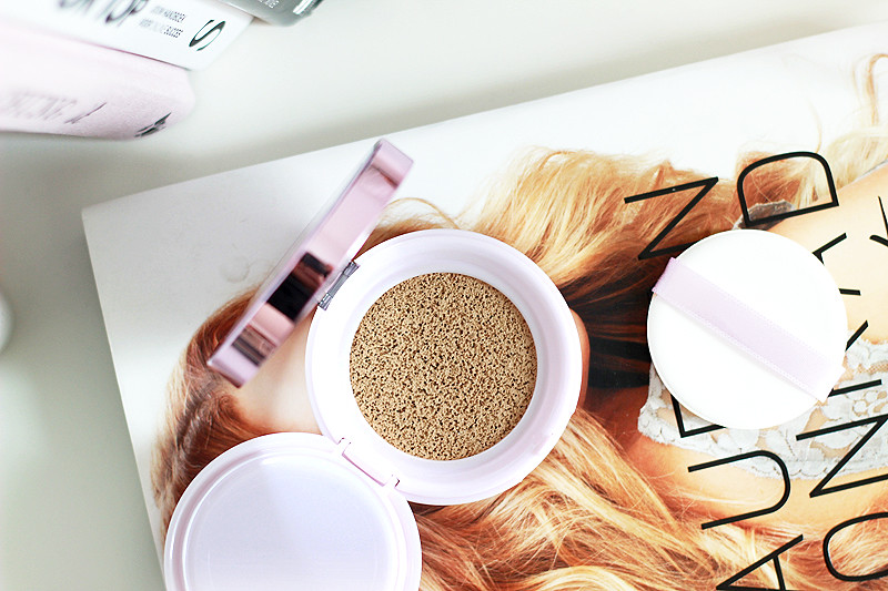 New L'Oreal Nude Magique Cushion Foundation
