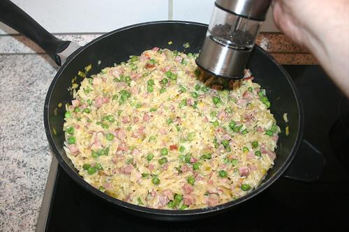 37 - Mit Pfeffer & Salz abschmecken / Taste with pepper & salt