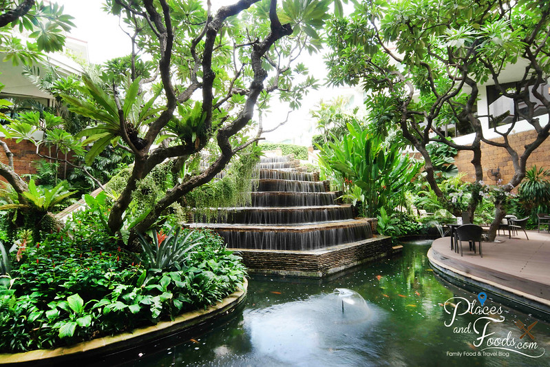 dusit thani bangkok waterfall
