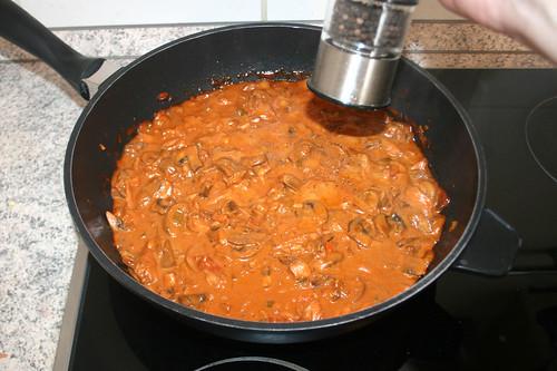36 - Sauce mit Pfeffer & Salz abschmecken / Taste sauce with pepper & salt