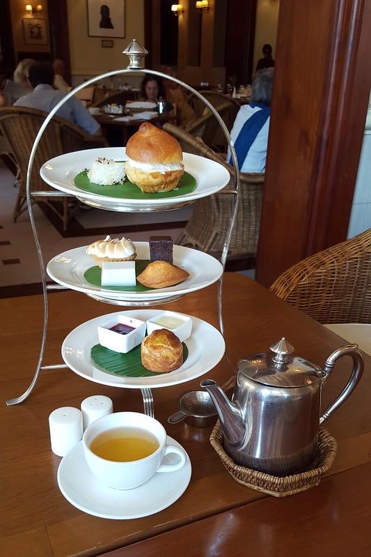 High Tea im Strandhotel in Yangon. Very British.