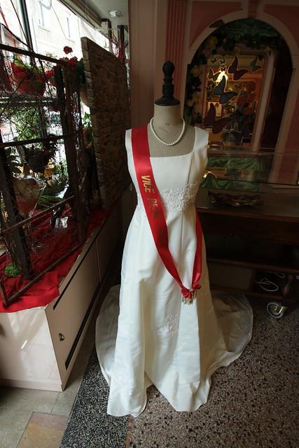 Robe van de mevrouw van de Chocolatier...