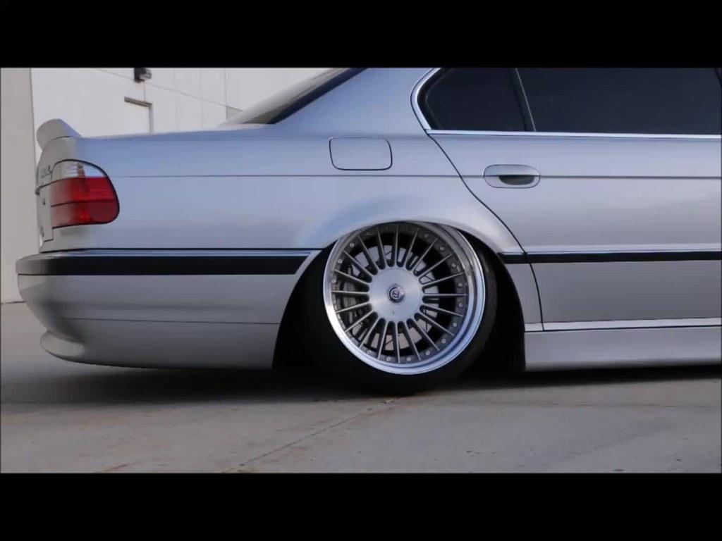 Static BMW E38 740il BMX Bunnyhop