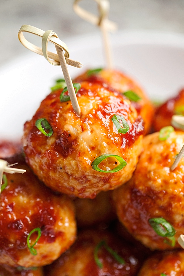 Hawaiian BBQ Chicken Meatballs - easy to make chicken meatballs ...