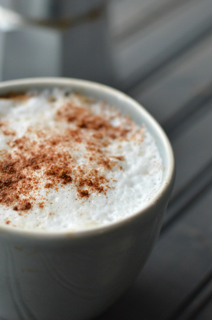 cinnamon coffee with steamed milk