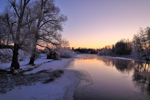 morning trees winter light sky copyright house snow cold ice nature water reflections landscape dawn early frozen stream frost mood fuji sweden outdoor tripod cottage paisaje hut sverige scandinavia fujinon hdr daybreak landskap östergötland svartån xt1 nordiclandscape normlösa fujifilmxt1 xf1024mmf4 jarnasen järnåsen wwwfacebookcomjarnasenphotography