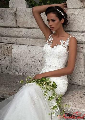 Salon de Mariaj Cocos-Tot luxul și eleganța modei de nuntă într-un singur loc! > JULIA