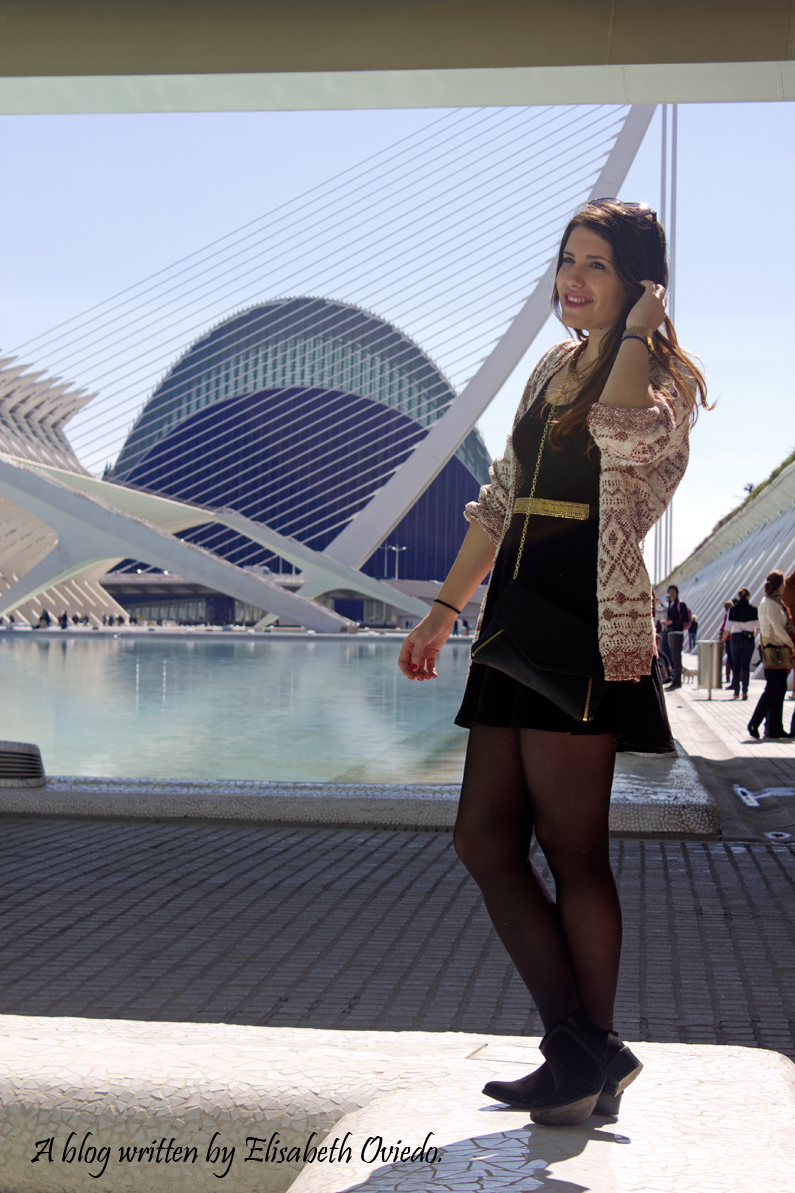 heelsandroses ciudad de las artes y las ciencias valencia little black dress (4)