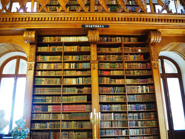Helikon biblioteca