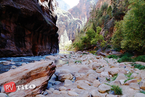 Wed, 10/14/2015 - 12:27 - Hiking the Narrows Trail up the Virgin River in Zion NP