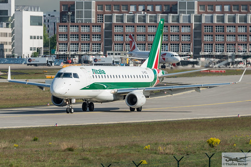 Alitalia Cityliner Embraer ERJ-175STD EI-RDD Parco Nazionale d'Abruzzo (875529)