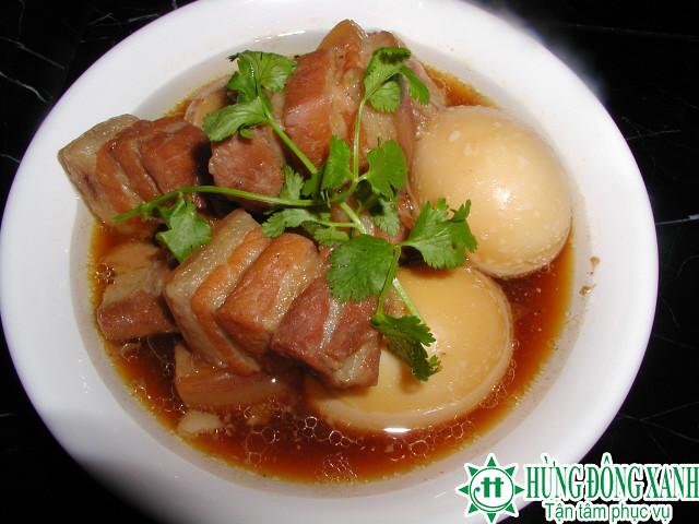 Cách nấu món thịt kho tàu cho các bạn du học Châu Âu đón tết