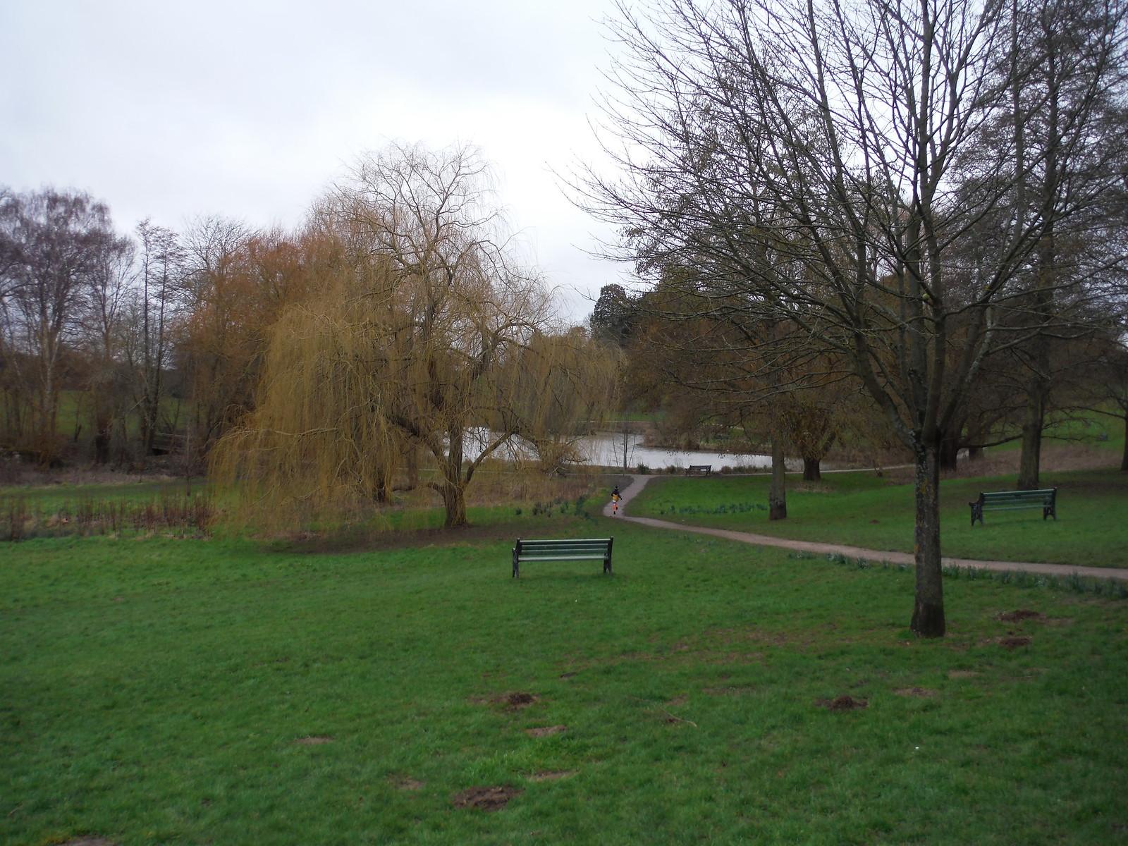 Barclay Park, Broxbourne/Hoddesdon SWC Walk 168 Broxbourne Circular