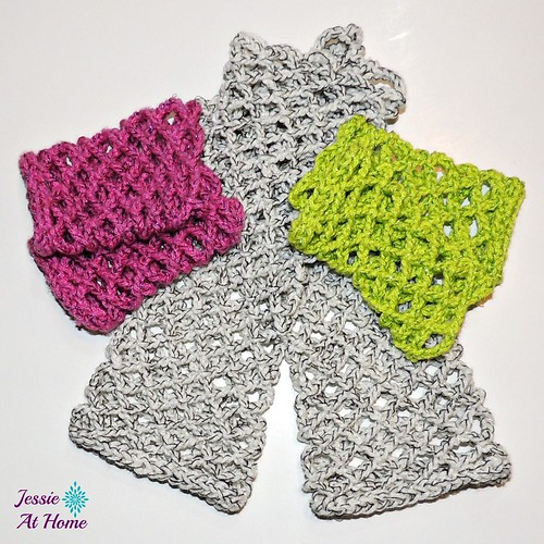 Netties-Super-Simple-Mitts-free-crochet-pattern-by-Jessie-At-Home-2