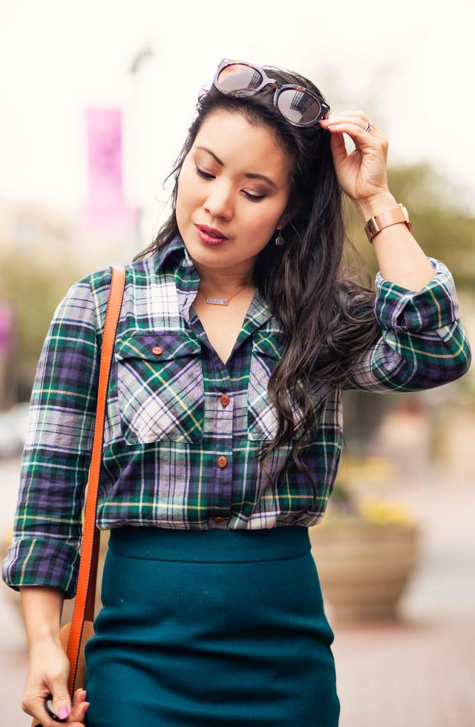 cute & little   petite fashion blog   plaid shirt, j.crew pencil skirt, navy suede pumps   spring outfit