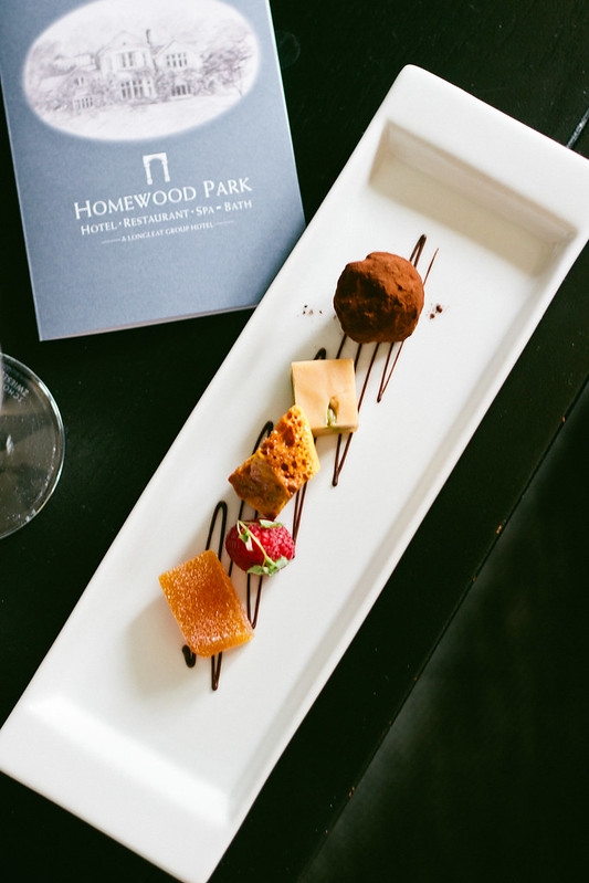 {5E   travel : how to relax on a holiday with Homewood Park} via chevrons & éclairs