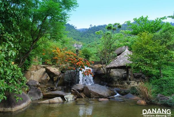 Khu du lịch suối Hoa
