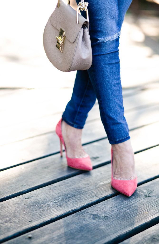 cute & little blog | petite distressed jeans, m.gemi cammeo coral suede pumps, small chloe drew bag | spring outfit