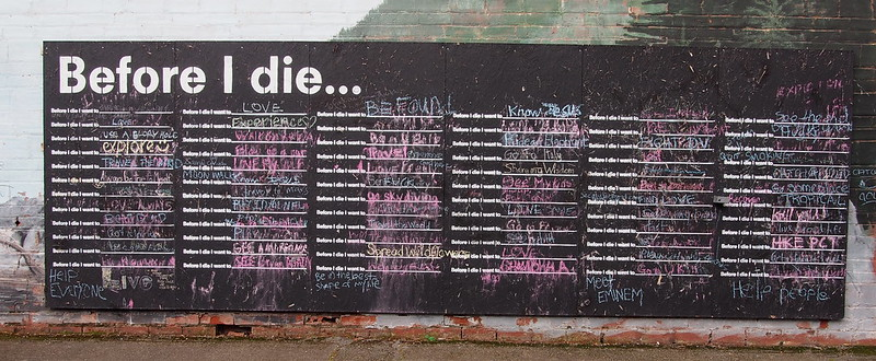"""""""Before I die…"""": People are supposed to write their life's desires on this mural."""