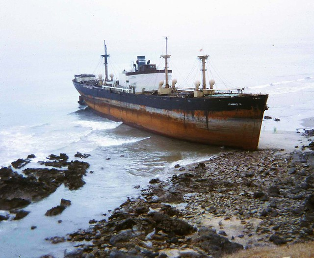 Vung Tau Shipwreck - Photo by Ron 'Kiwi' Cross