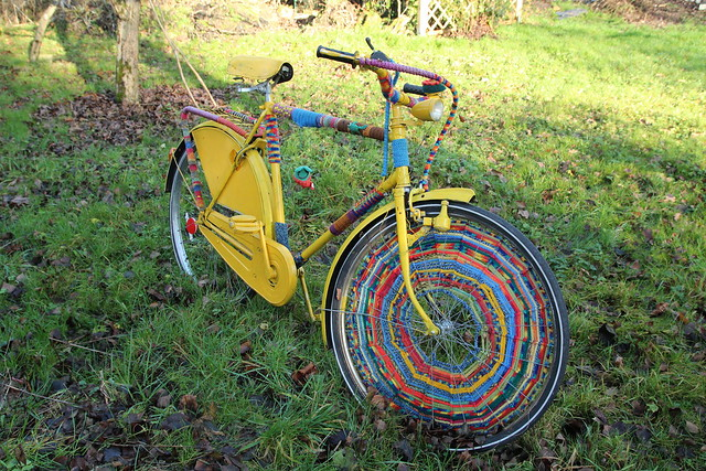 yarnbombed bike