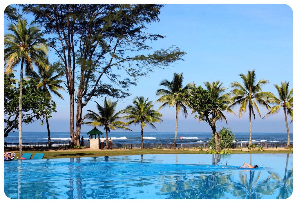 hikkaduwa beach cinnamon infinity pool