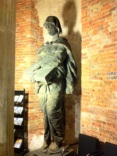 Skulptur im Deutschen Dom Berlin