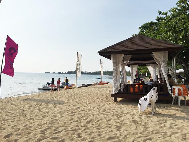 Patty Villegas - The Lifestyle Wanderer - Aquaria Water Park - Calatagan, Batangas -12