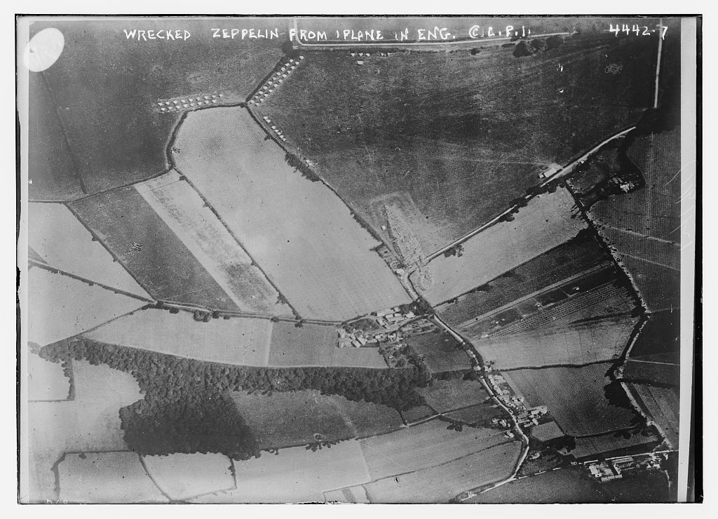 Wrecked Zeppelin from plane in Eng. [i.e. England] (LOC)