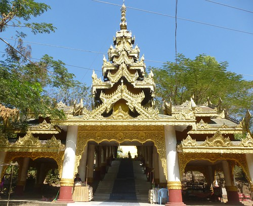 Birmanie-Twante-Paya Shwesandaw (1)