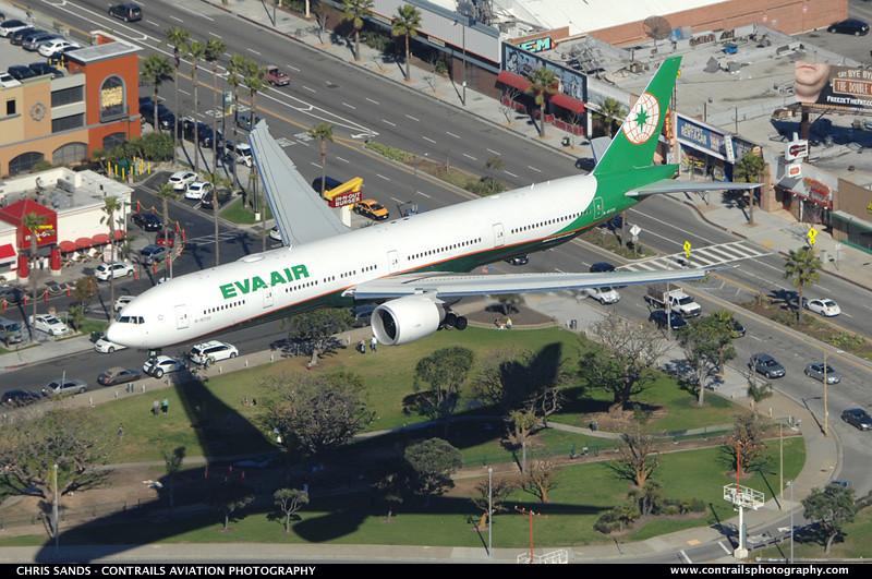 B-16726 - B77W - EVA Air