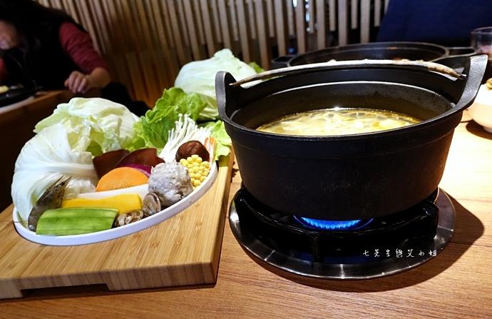 16 台中美食拾七火鍋 輕井澤火鍋