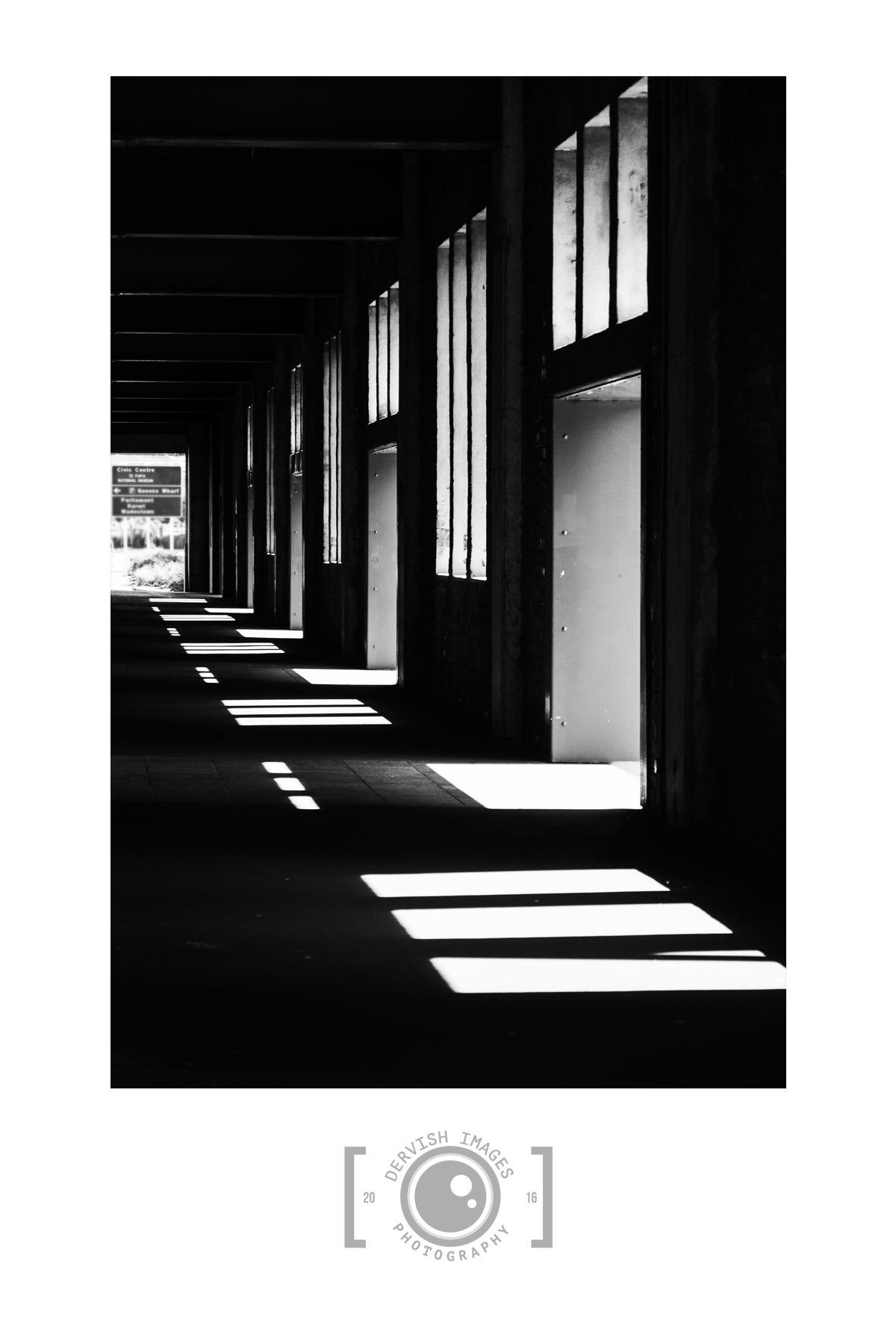 Mono Walkway