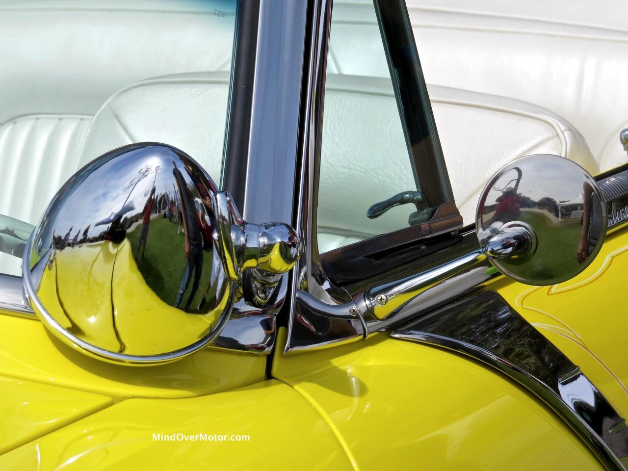 1954 Ford Sunliner Spotlight