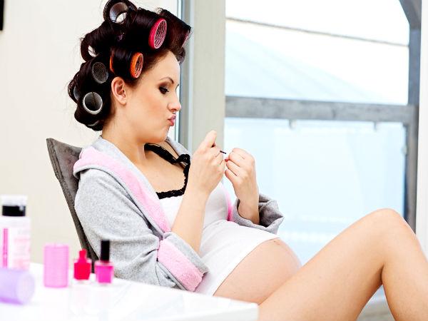 Có nên nhuộm tóc khi mang thai?