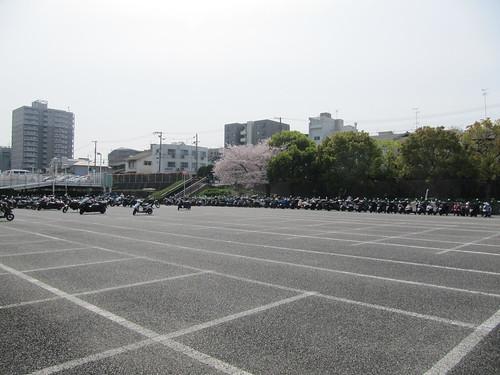 阪神競馬場,駐輪場