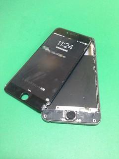 13_iPhone6Plusの画面破断