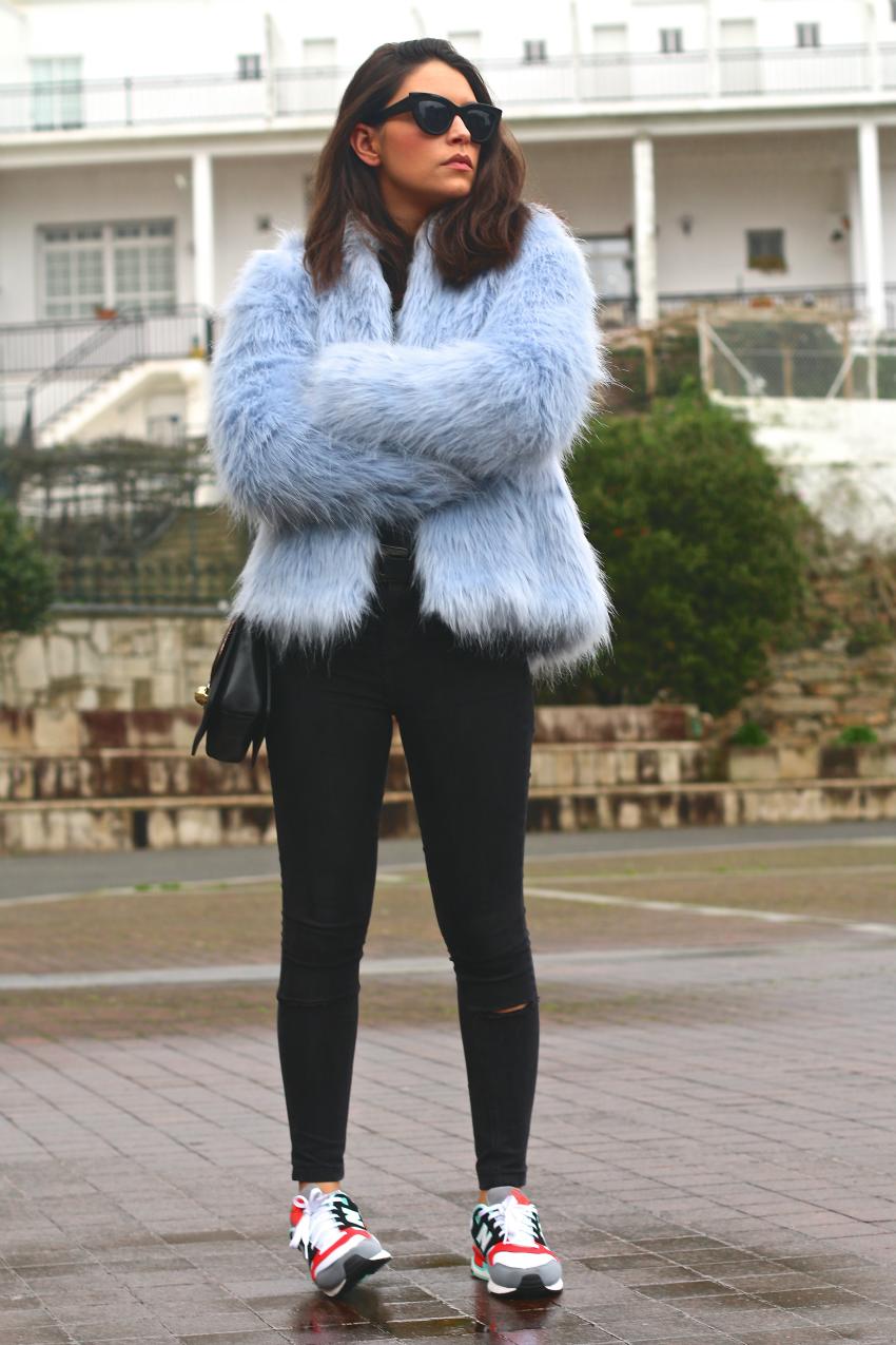 abrigo-pelo-azul