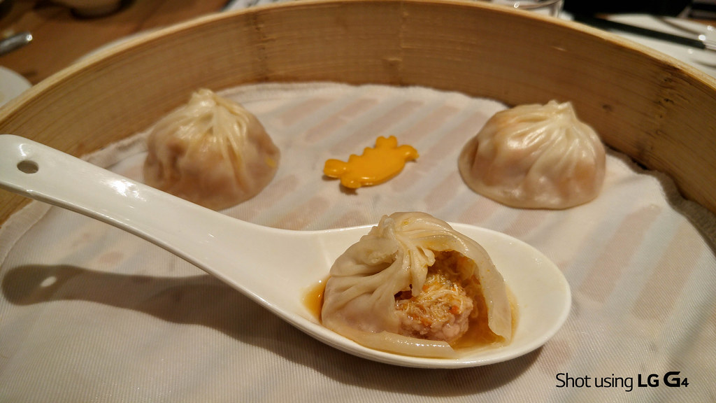 Crab Roe and Pork Xiao Long Bao, Din Tai Fung-1