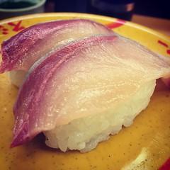 今日も寿司が旨いワイ^ ^
