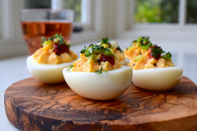 How To Make Asian Style Devilled Eggs | www.rachelphipps.com @rachelphipps