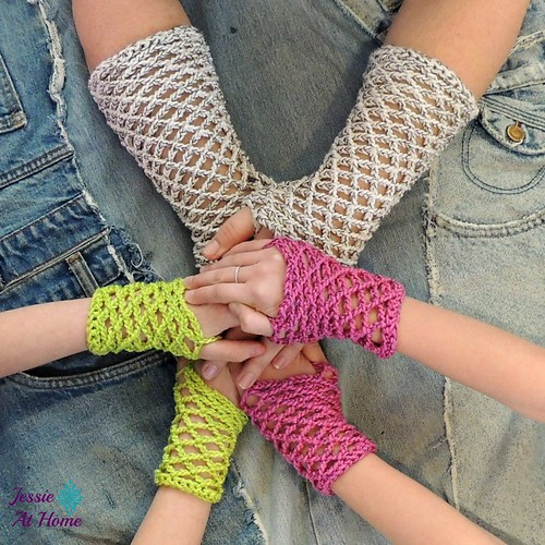 Netties-Super-Simple-Mitts-free-crochet-pattern-by-Jessie-At-Home-3