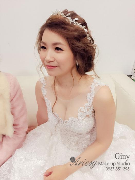 Giny,台北新娘秘書,愛瑞思造型團隊,Ariesy,自然系清透裸妝,新秘推薦,新娘髮型,新娘造型,編髮,蘆洲幸福莊園,鮮花造型,成旅晶贊
