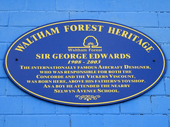 Photo of George Edwards blue plaque