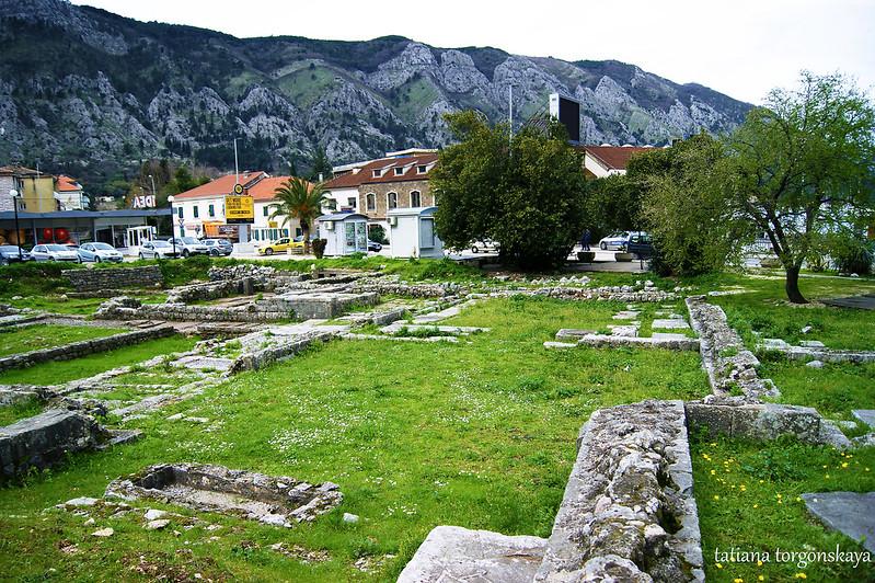 Руины монастырского комплекса