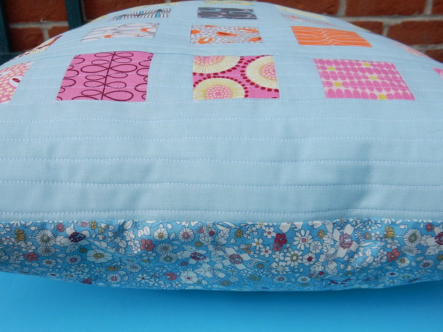 quilted cushion tah dah (6)