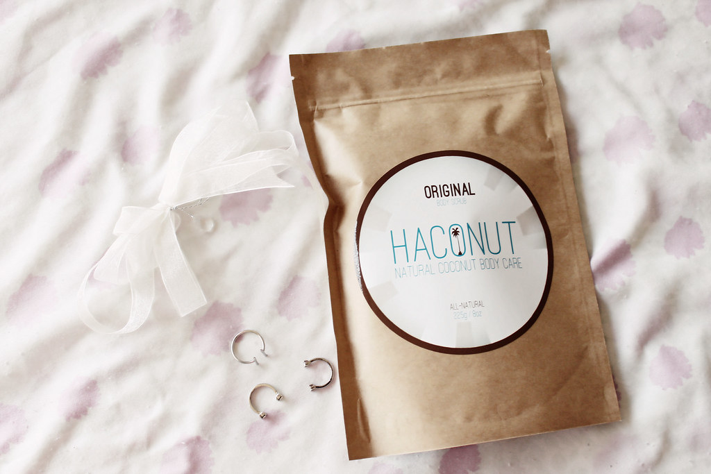 haconut-natural-coconut-body-scrub